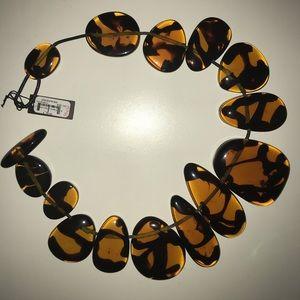 BCBGMAXAZRIA necklace NWT